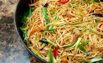 Chilli Garlic Chicken Noodle